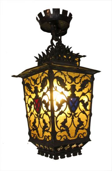 Brass Tudor Light