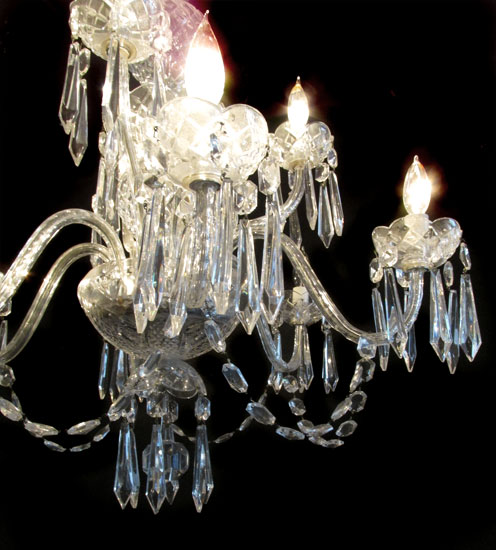 Crystal Chandelier With 2 Sconces