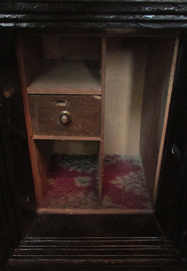 Small Mosler Safe Wooden Nickel Antiques