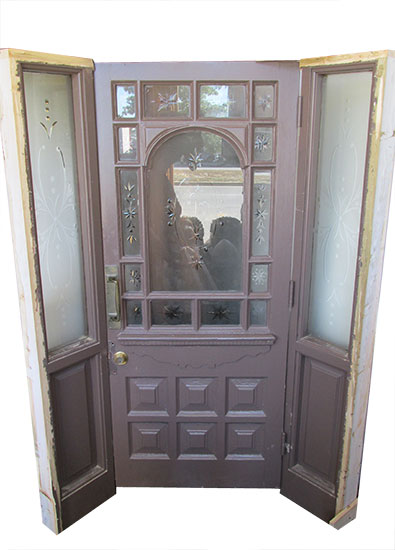 Entryway With Wheel Cut Glass