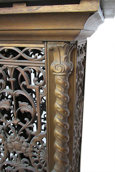 Filligree Pedestal