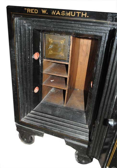 Metal Safe from Hillsberg Safe Co.