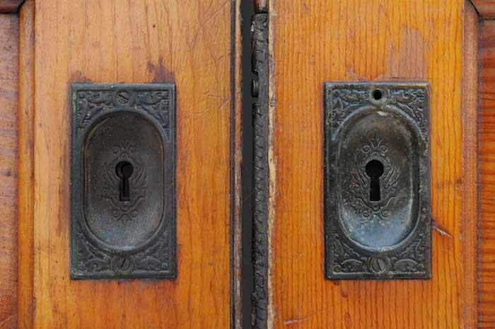 Two-Piece Set of Pine Pocket Doors
