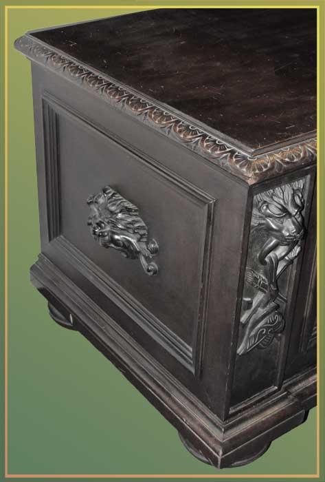 """1890s """"Horner"""" Blanket Box"""
